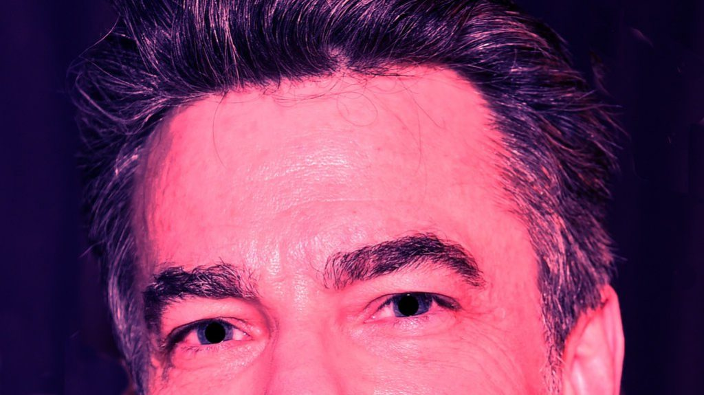 If you want to spot a narcissist, look at the eyebrows